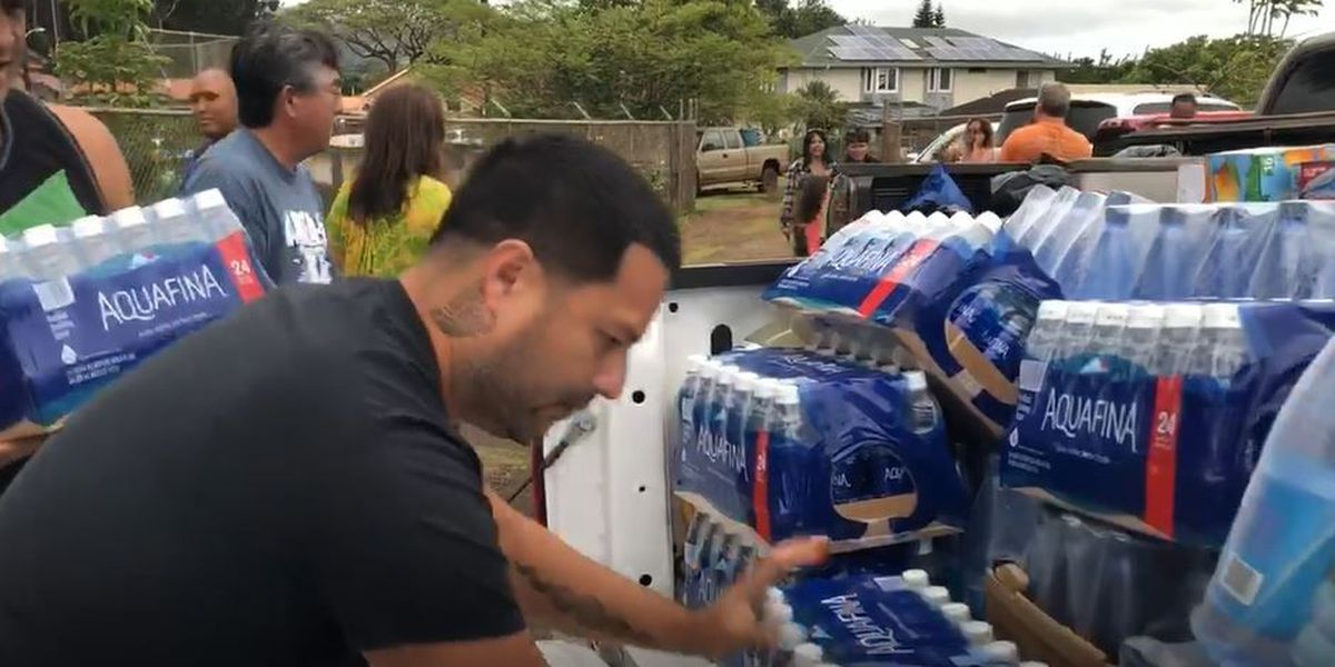 As devastation on Kauai comes into focus, donations pour in