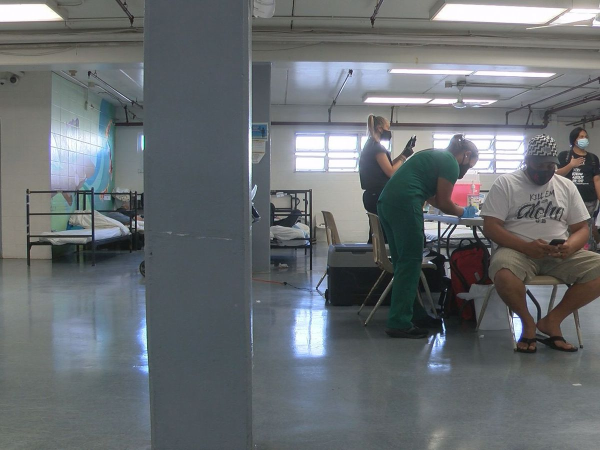 Shelter works to bolster vaccination rates among Oahu's homeless
