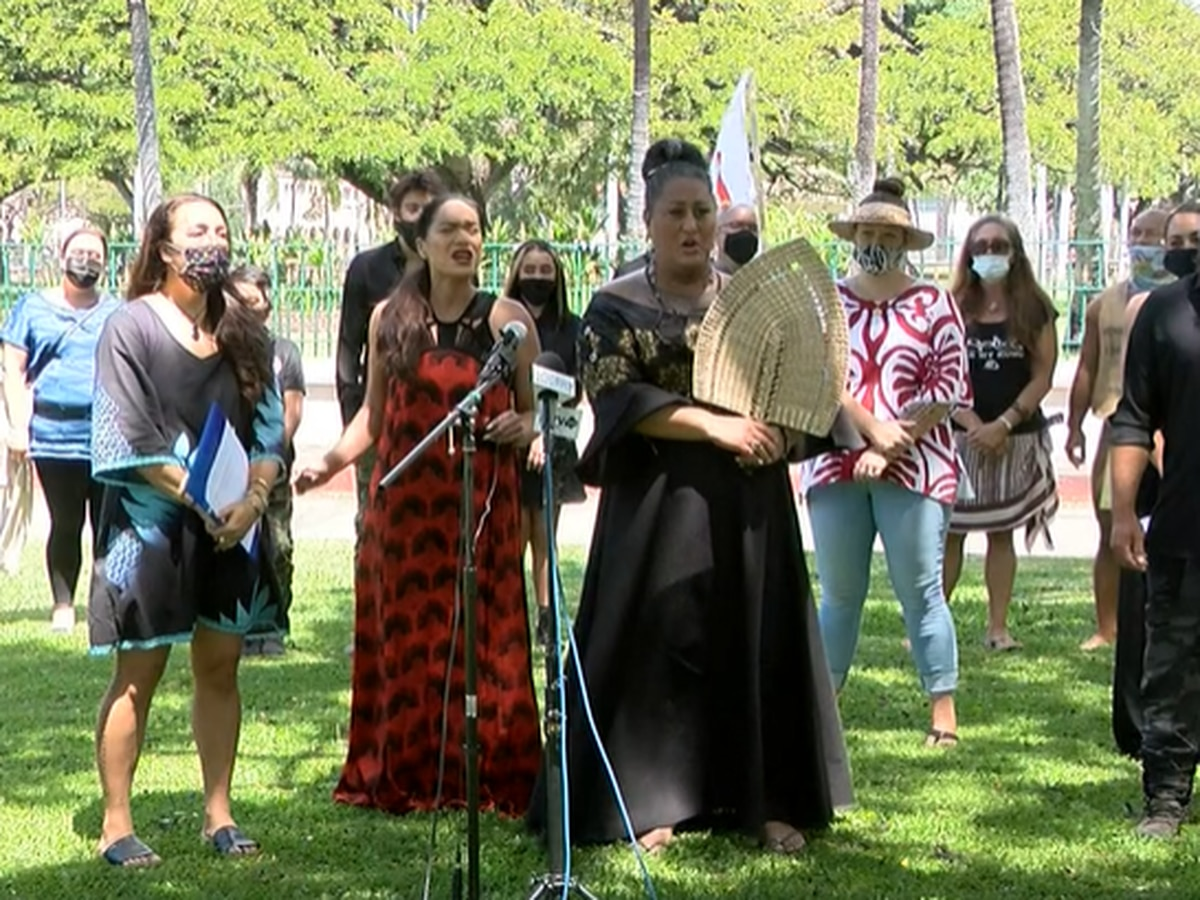 Oahu Island Burial Council claims Ige is retaliating against its longtime leader