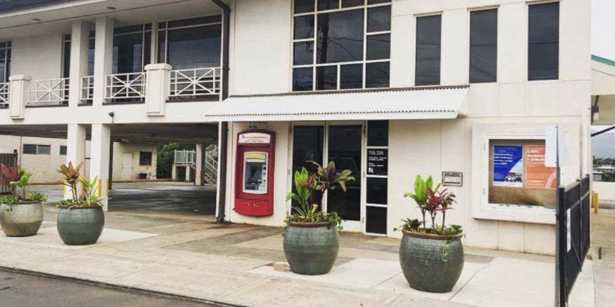 On Kauai, a tiny credit union lifted a heavy load: Helping hundreds of businesses stay afloat