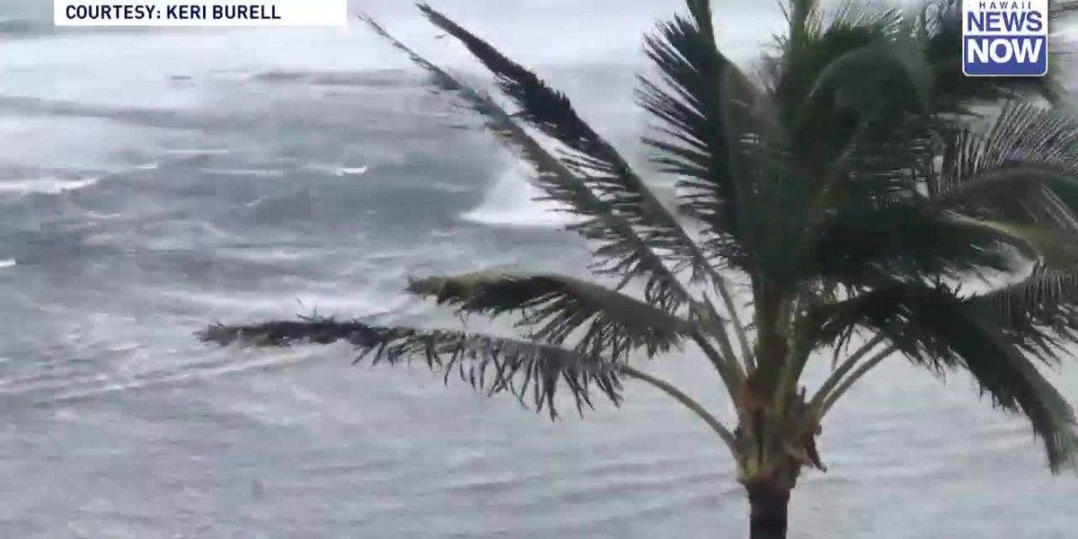 Amid week of wild weather, wicked waterspout spotted off Princeville