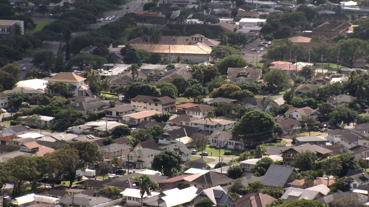 Businesses are closing and unemployment is high. So why are Oahu home sales up?