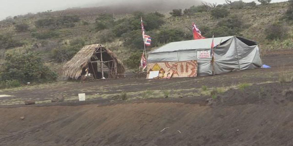Authorities remove tent atop Mauna Kea days after agreement reached