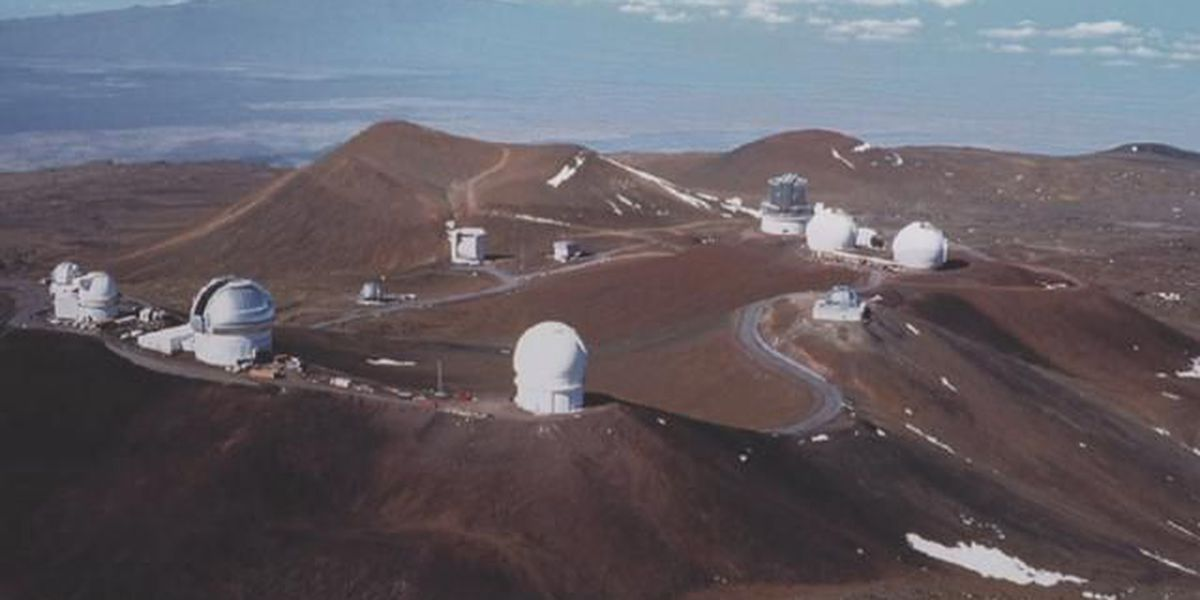 Partially blind cyclist rides to summit of Mauna Kea