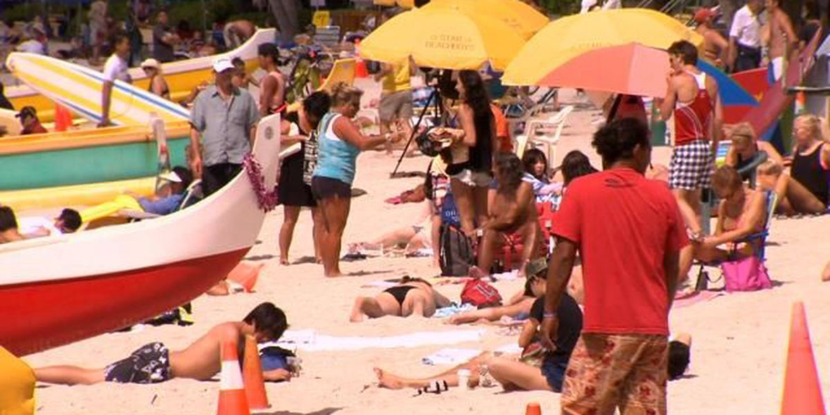 More tourists come to Hawaii, spend more in February