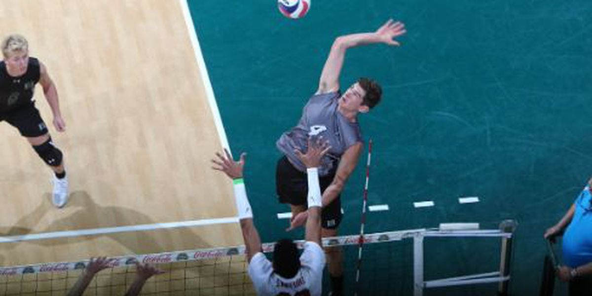 No. 2 Warriors sweep No. 8 Stanford, 3-0