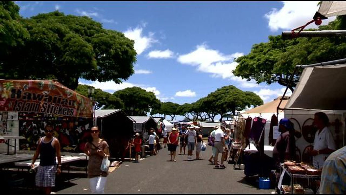 Swap Meet vendors frustrated over configuration change