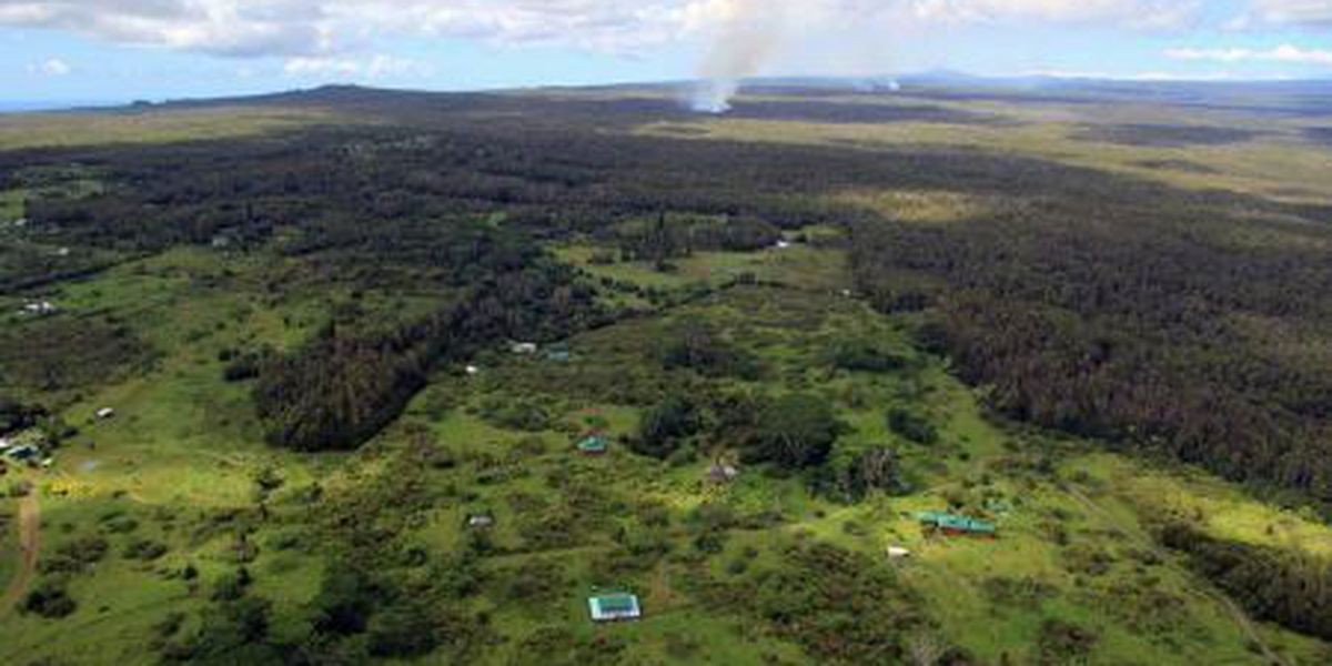 Hawaii lava flow slows, moves parallel to homes