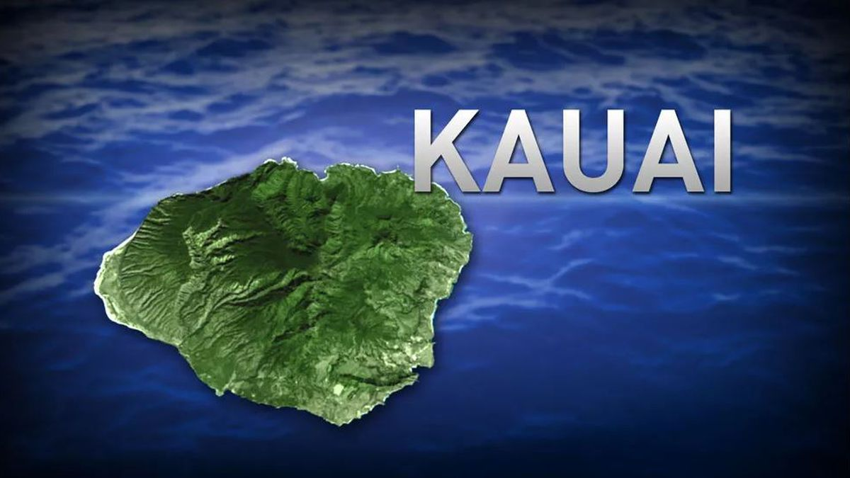 Snorkeler dies after getting into trouble in waters off Hanalei