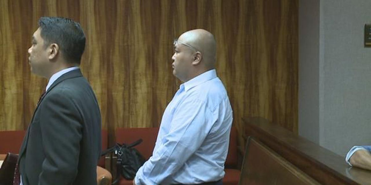 Photographer accused of taking nude photos of minors pleads not guilty