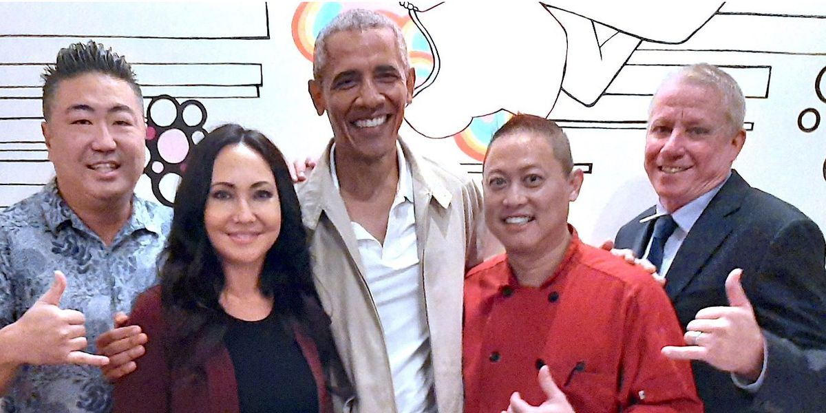 Obamas spend night on the town at Kakaako restaurant