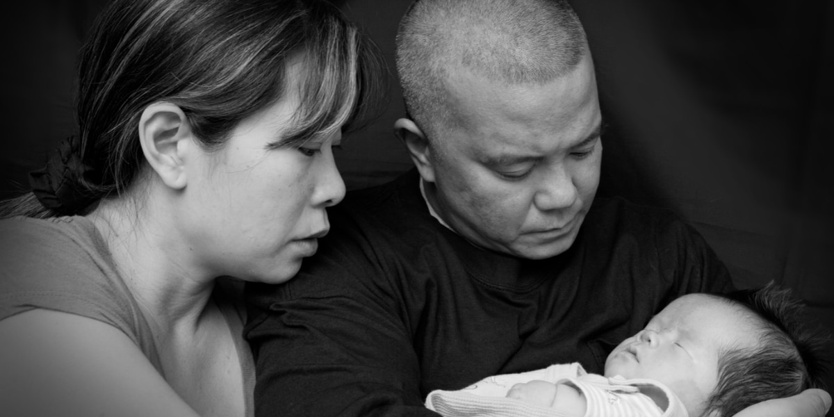 The final moments of a child's life are captured in heartfelt photos. One group is hoping photographers can help