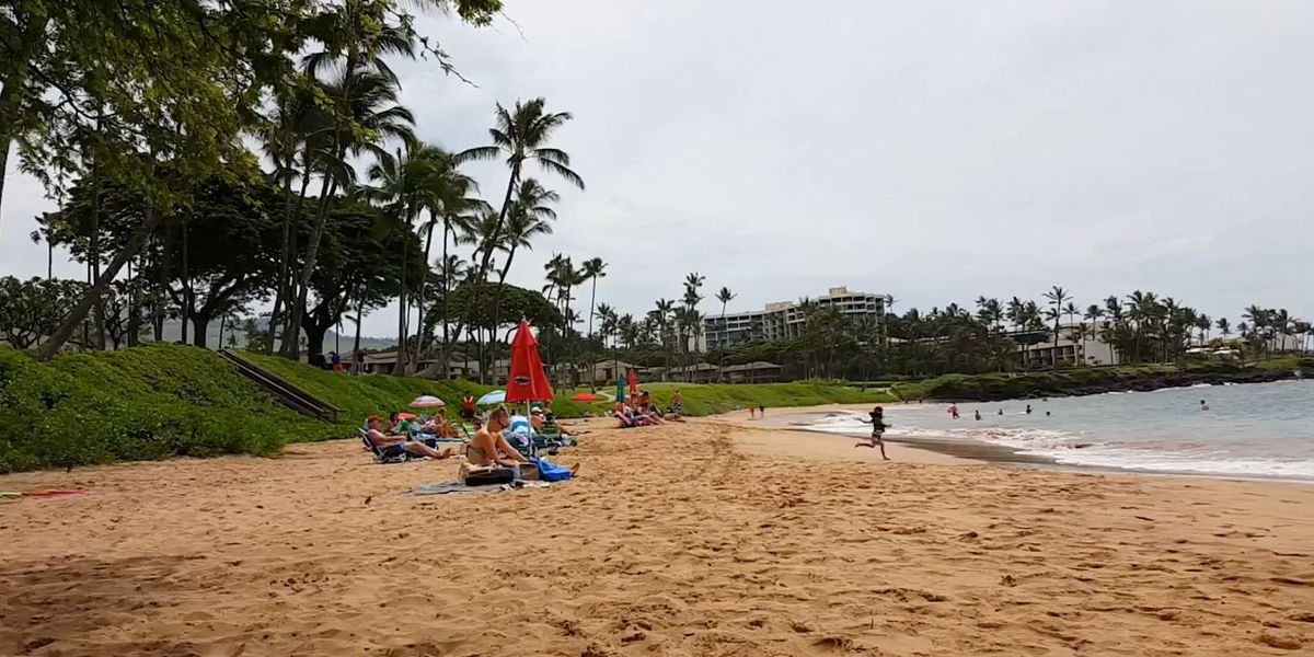 Man in critical condition after near drowning on Maui