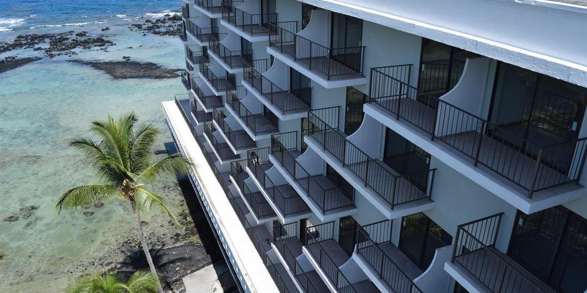 Blessing marks start of demolition process for Keauhou Beach Resort
