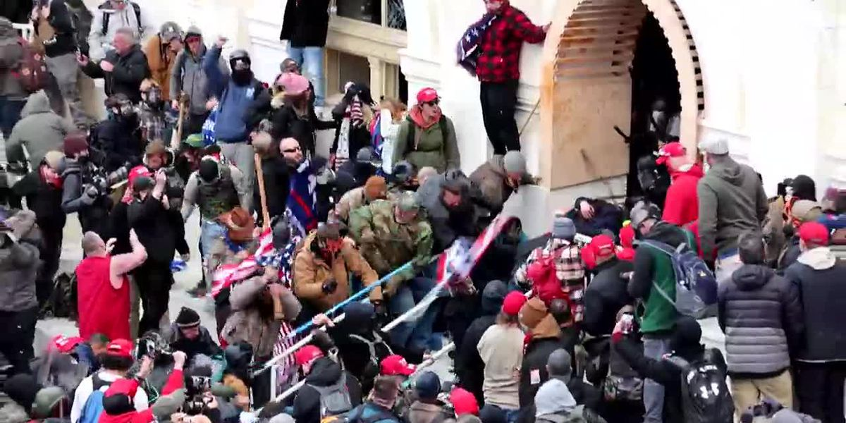 Mix of extremists who stormed Capitol isn't retreating