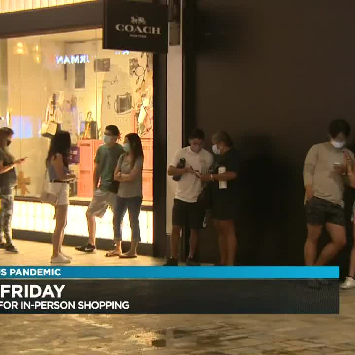 Defying the pandemic and down economy, Hawaii shoppers scramble for Black Friday deals