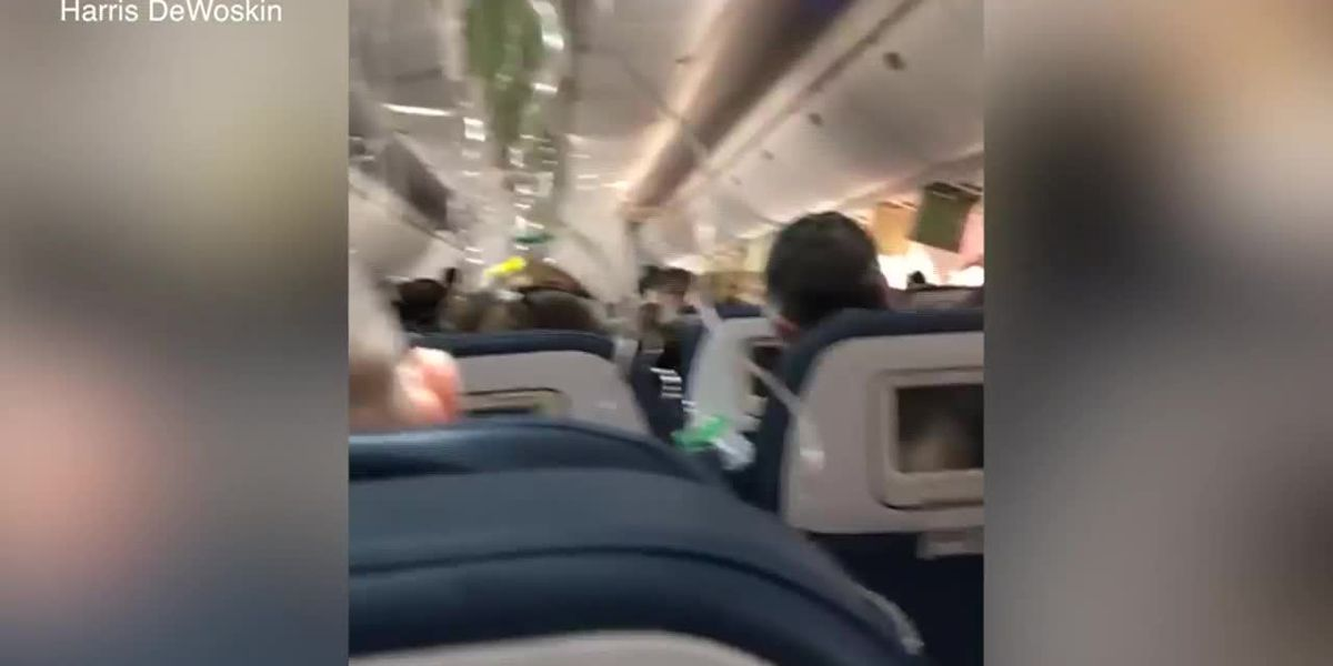 Delta flight makes emergency landing after plunging 30,000 feet