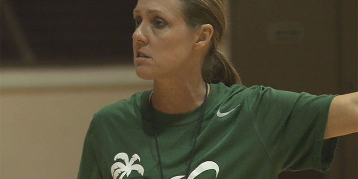 'The effort was great': Rainbow Wahine basketball held its annual Green and White Scrimmage