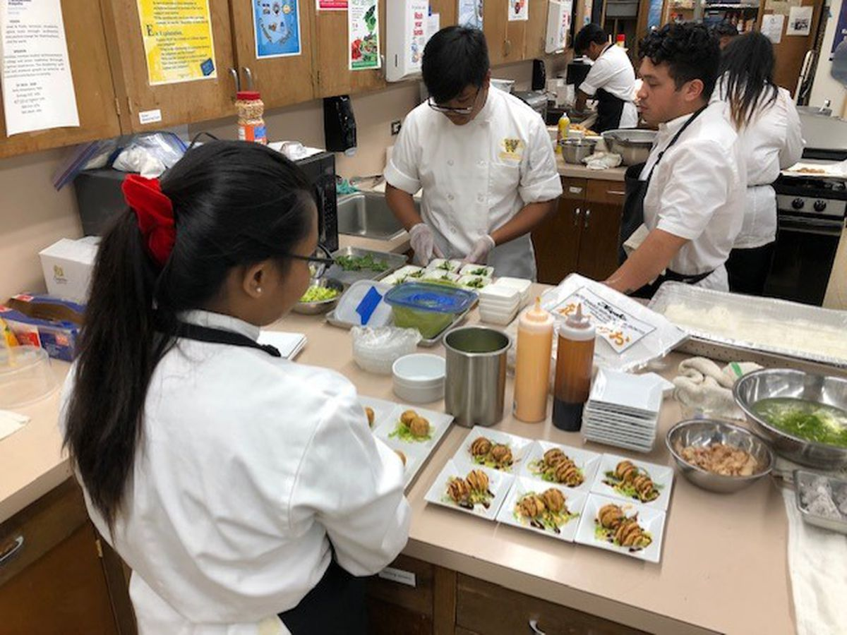 Waipahu High's student-run cafe whets appetites for culinary careers