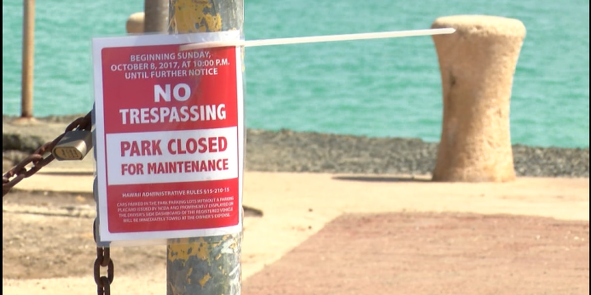 Surfers balk at state's closure of popular Kakaako parks