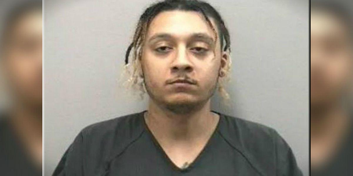 Florida man slaps sleeping girlfriend with cheeseburger, deputies say
