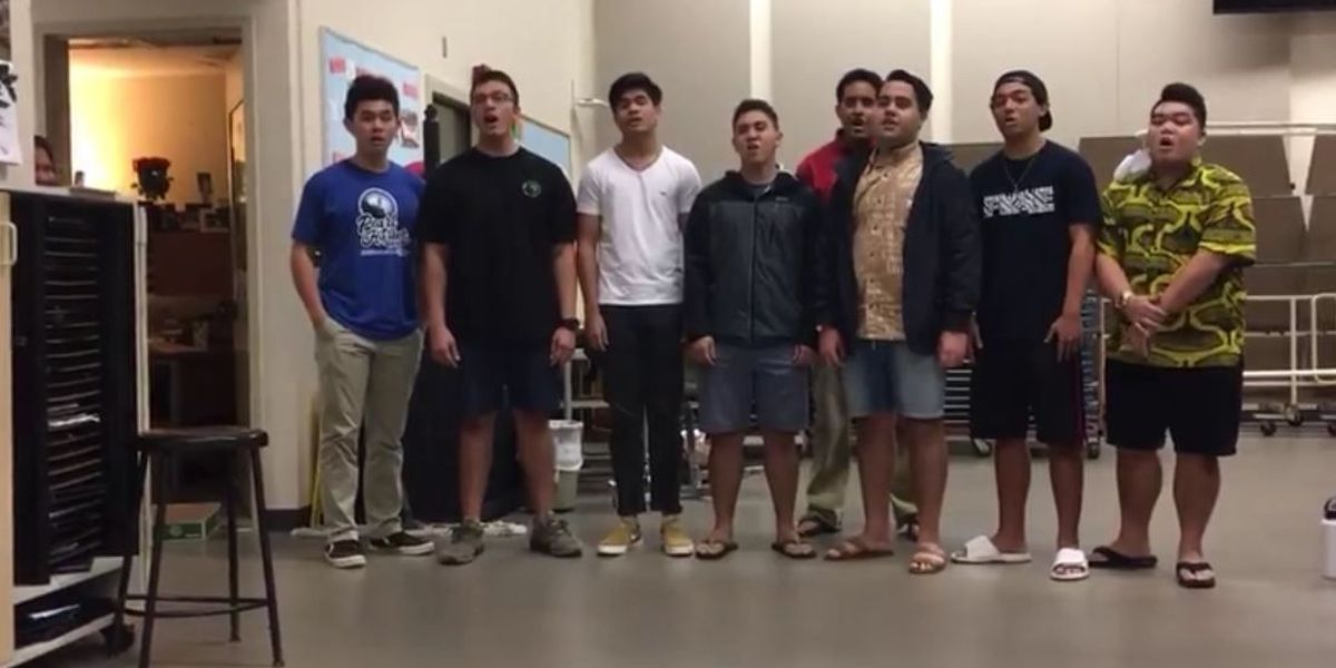 Kamehameha senior hits a high note with musical promposal