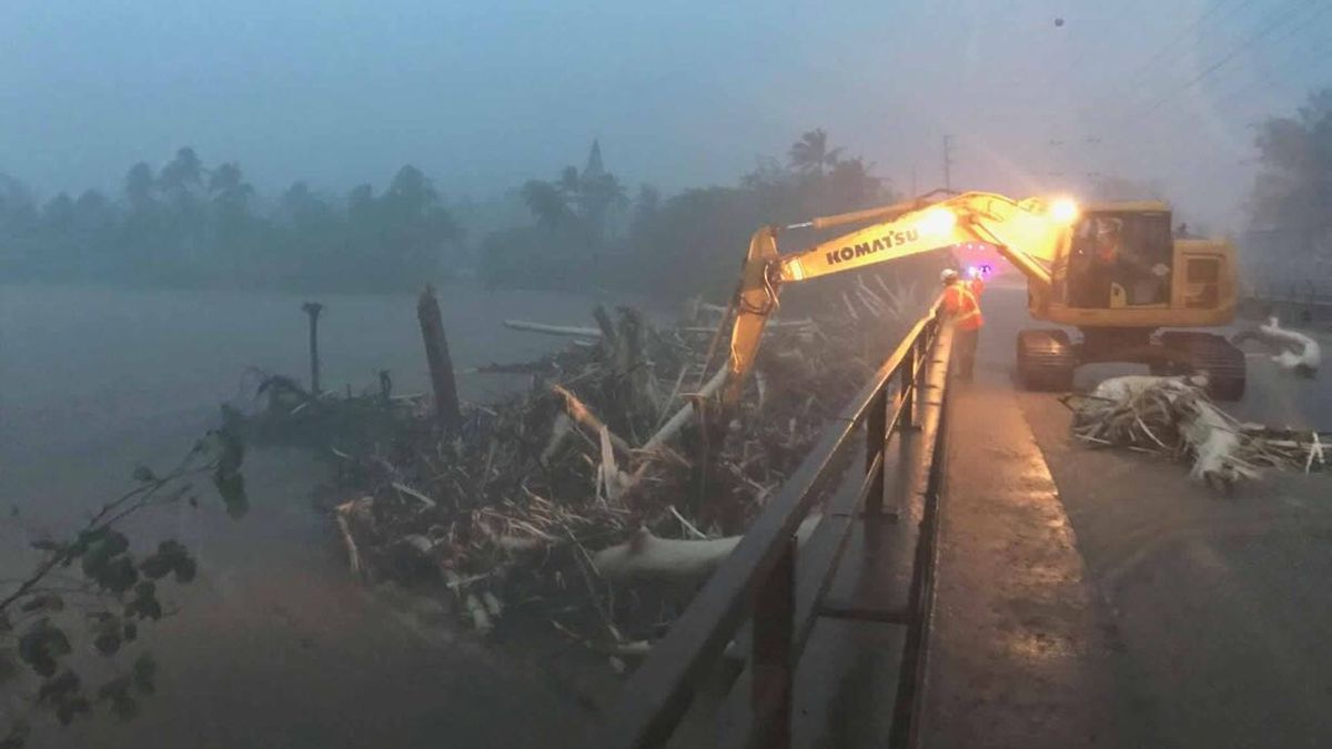 PHOTOS: Kauai, Oahu slammed with torrential rain, severe flooding