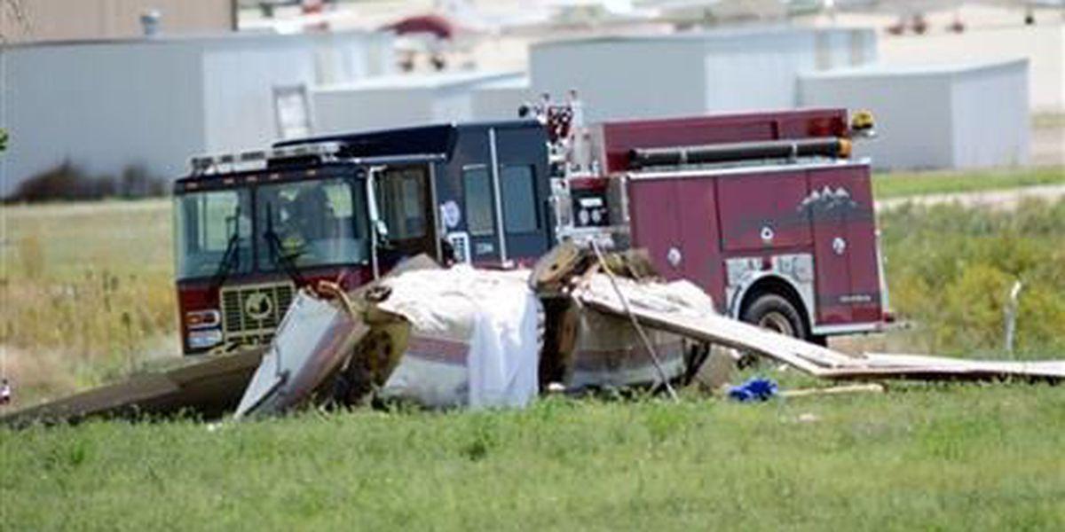 Official: 5 killed in plane crash north of Denver