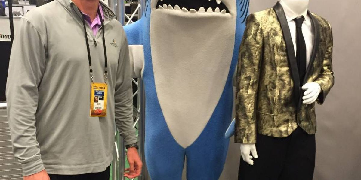 HNN at the Super Bowl: Collin takes on Media Day