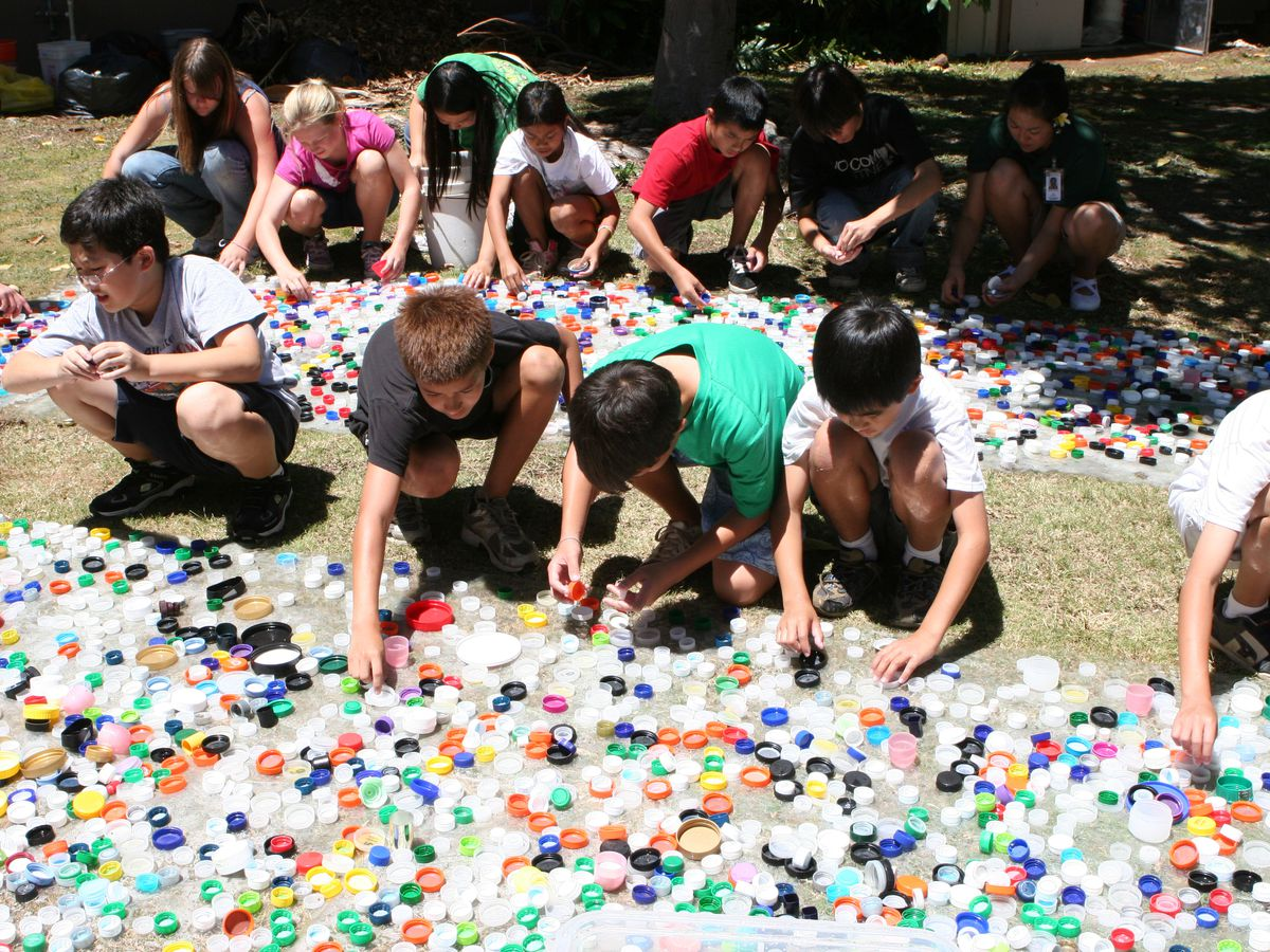 Hawaii nonprofit ships 1.2M bottle caps to Texas to raise awareness of plastic pollution