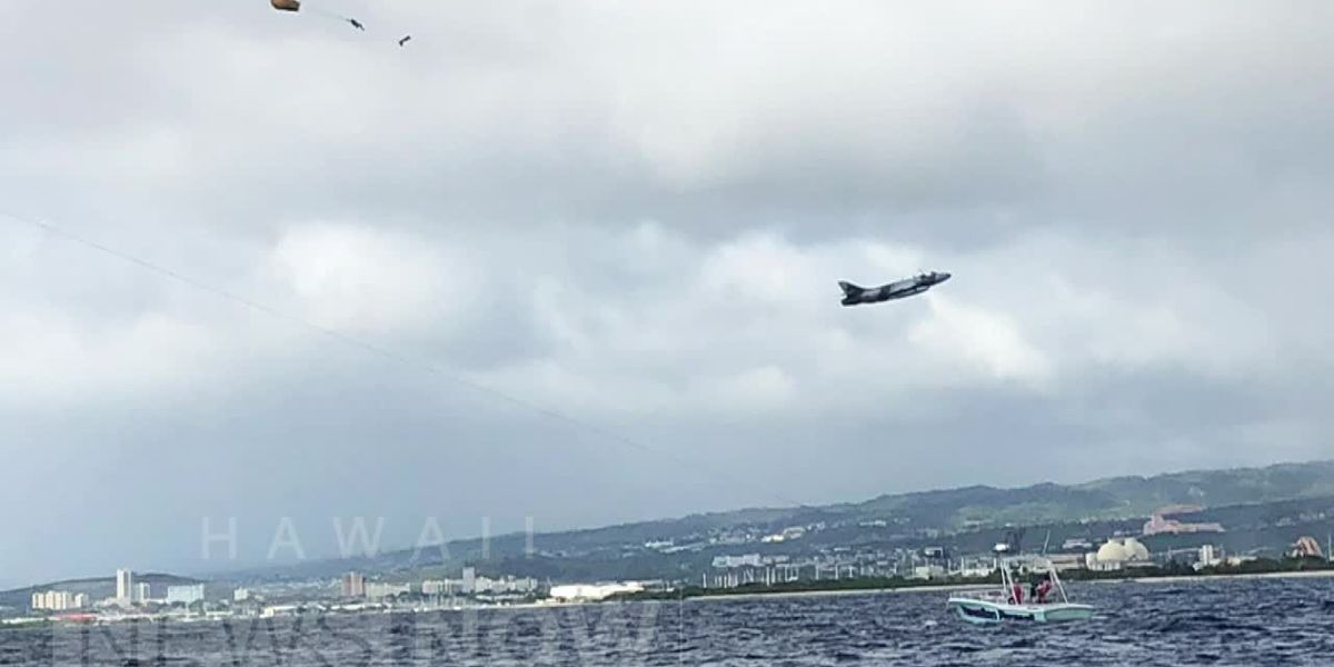 Eyewitnesses describe military plane crash, rescue of pilot from waters south of Oahu