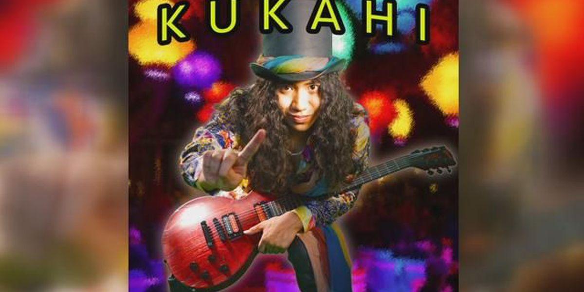 17-year-old wins 1st Hoku award for best alternative album