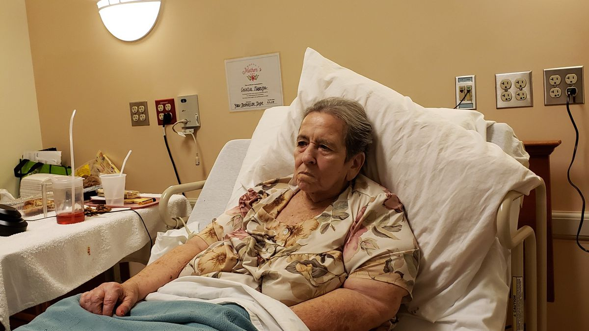 'She's suffering': Son left helpless as mother battles COVID-19 within a Hilo veterans home