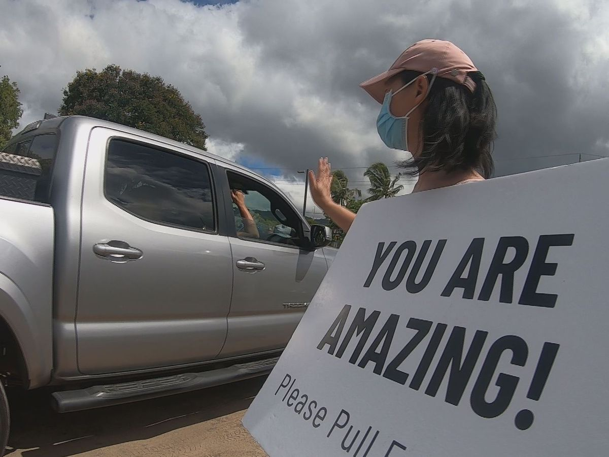 Hundreds show up for drive-thru 'Festival of Hope' at Bishop Museum
