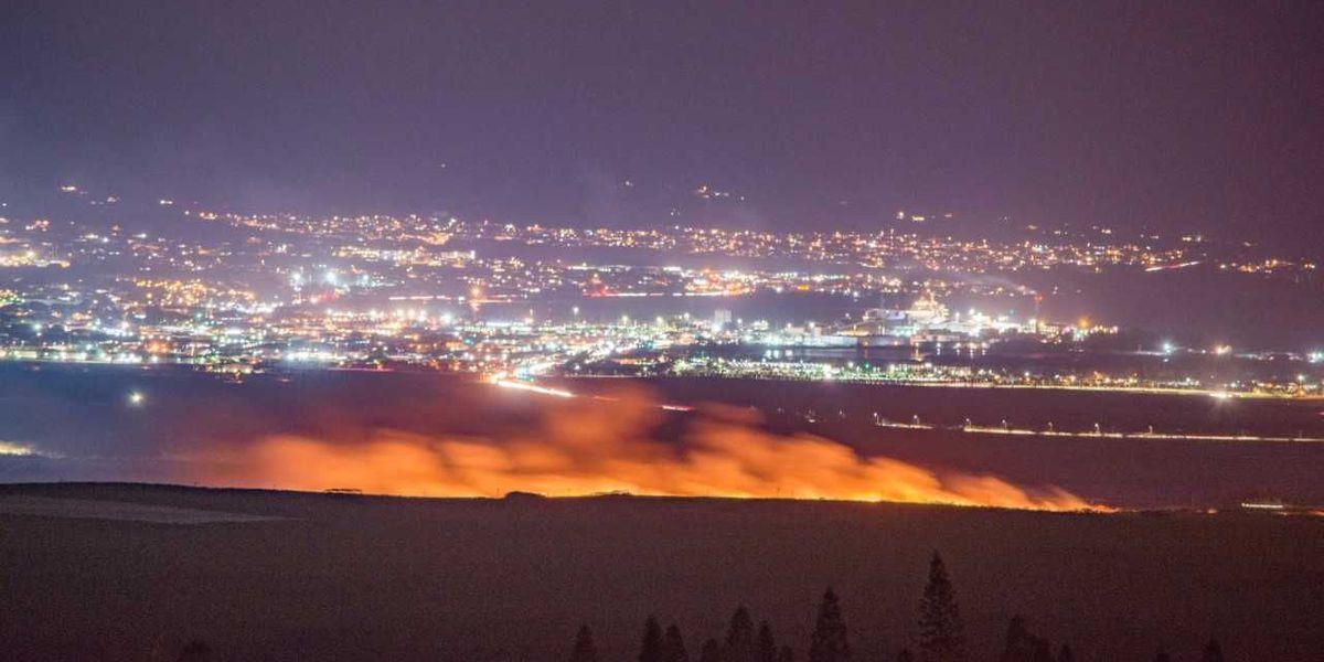 Neighbor island brush fires continue to burn into the night