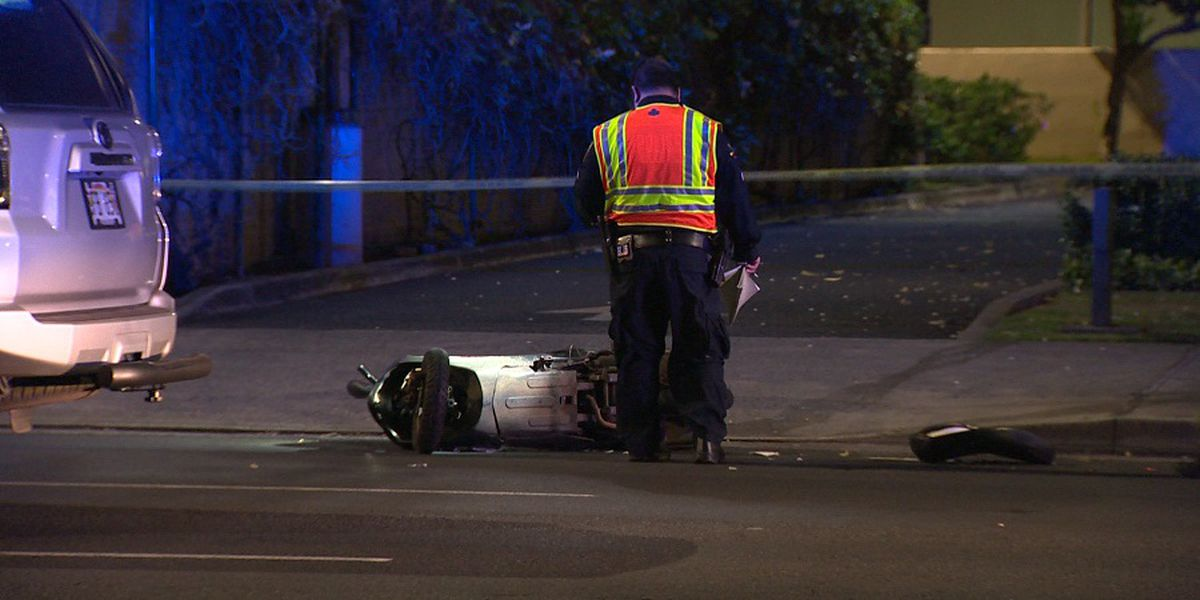 HPD investigating crash in McCully that left moped rider critically injured