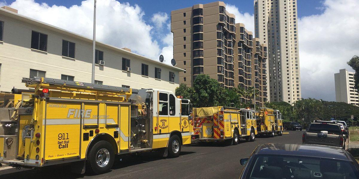 HFD extinguishes fires in Waipahu, Salt Lake