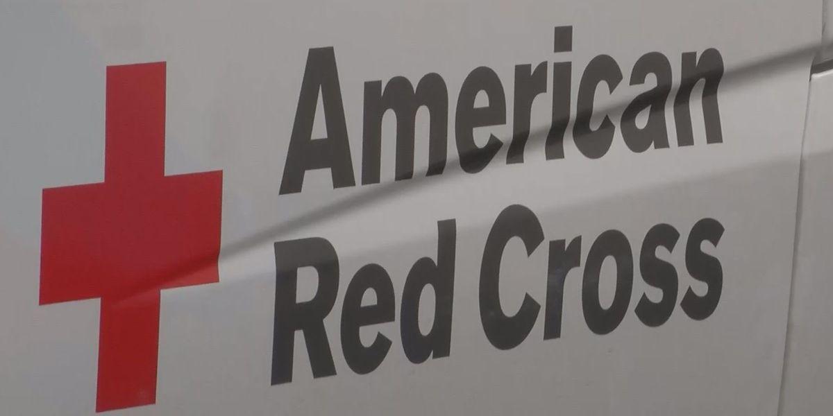 American Red Cross Hawaii opens 2 Oahu shelters, 1 on Kauai