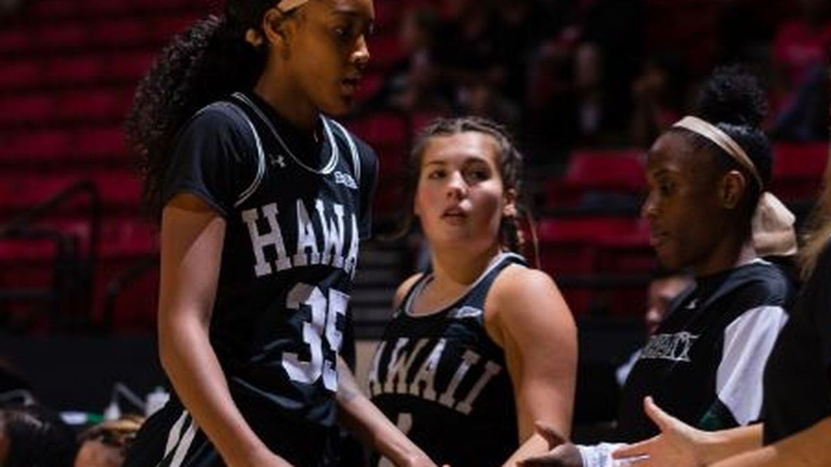 Rainbow Wahine drops 3rd straight in 58-50 loss to San Diego