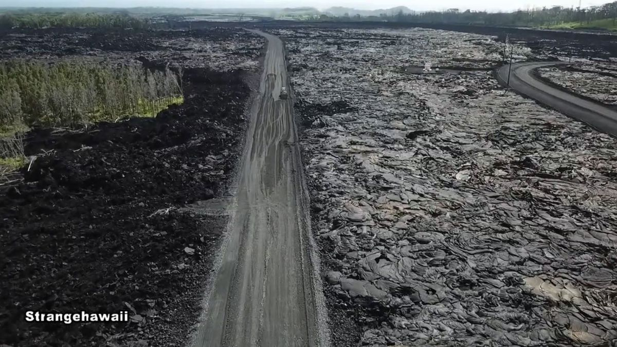 Work to reopen Highway 132 on Hawaii Island continues as deadline approaches