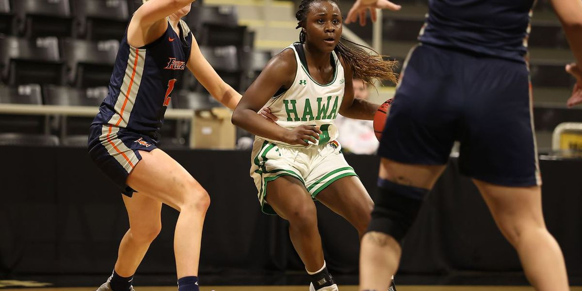 Wahine down Fullerton 72-59 to advance to Big West semifinal