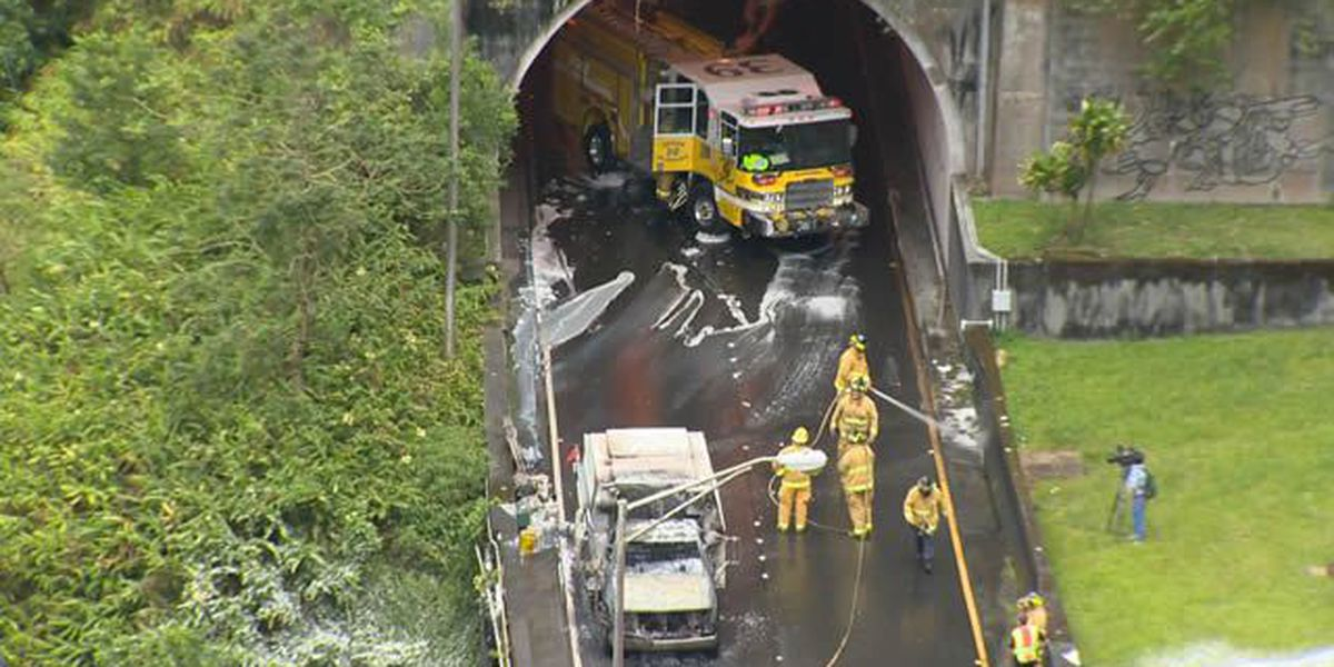 Truck fire closed Pali Highway for two hours Monday