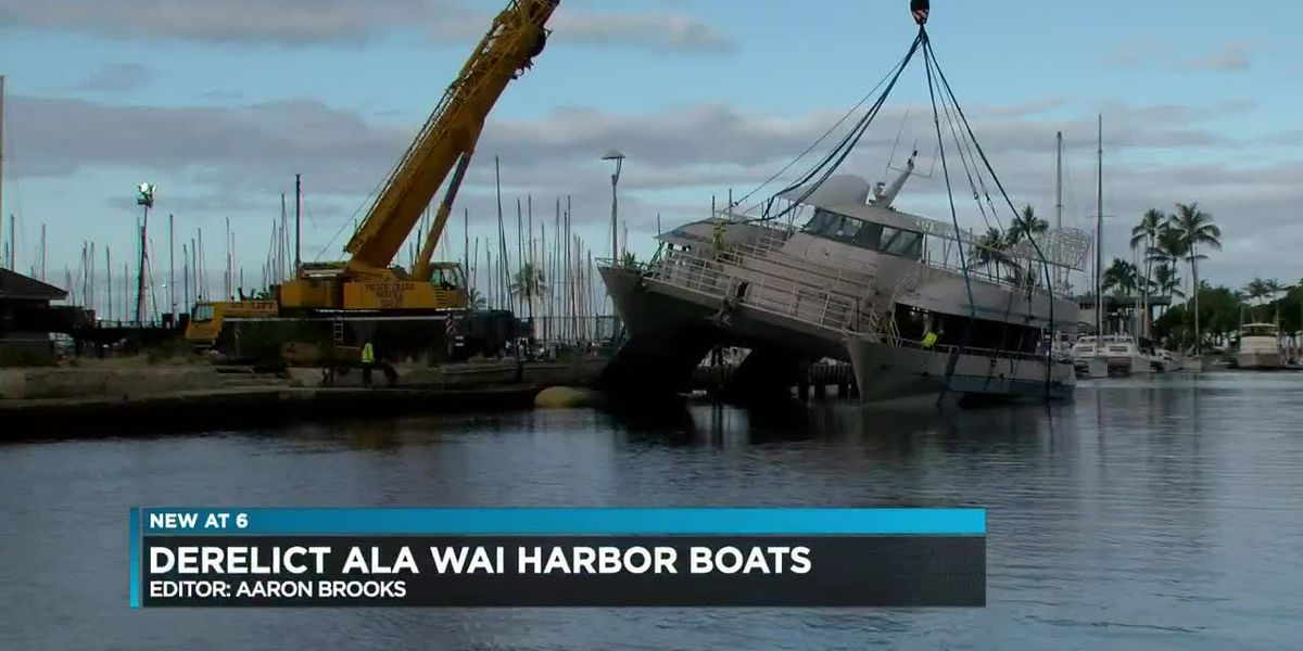 As state eyes Ala Wai harbor redevelopment, some boats already there are sinking or rotting away