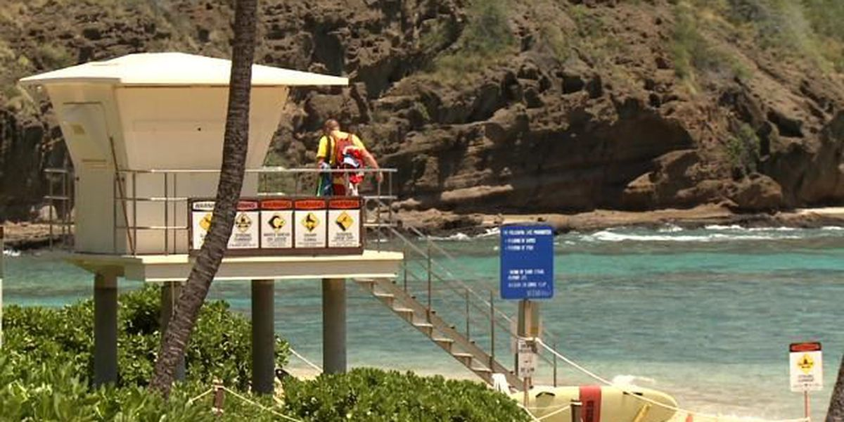 Snorkeler using full-face mask in critical condition