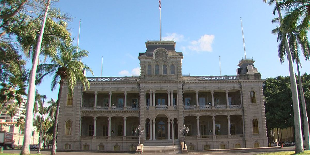 Sunrise goes 'On the Road' to historic Iolani Palace