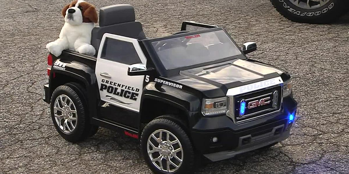 Patients get mini police cruisers to travel children's hospital instead of wheelchairs