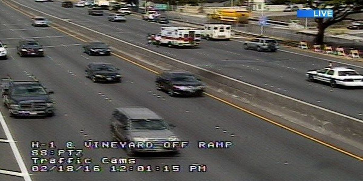 Westbound lanes of H-1 Freeway in Kalihi reopened following accident