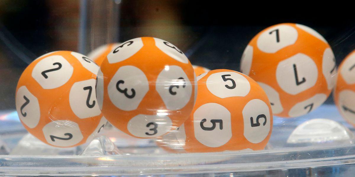 Man wins lottery after losing home in Australia bushfire