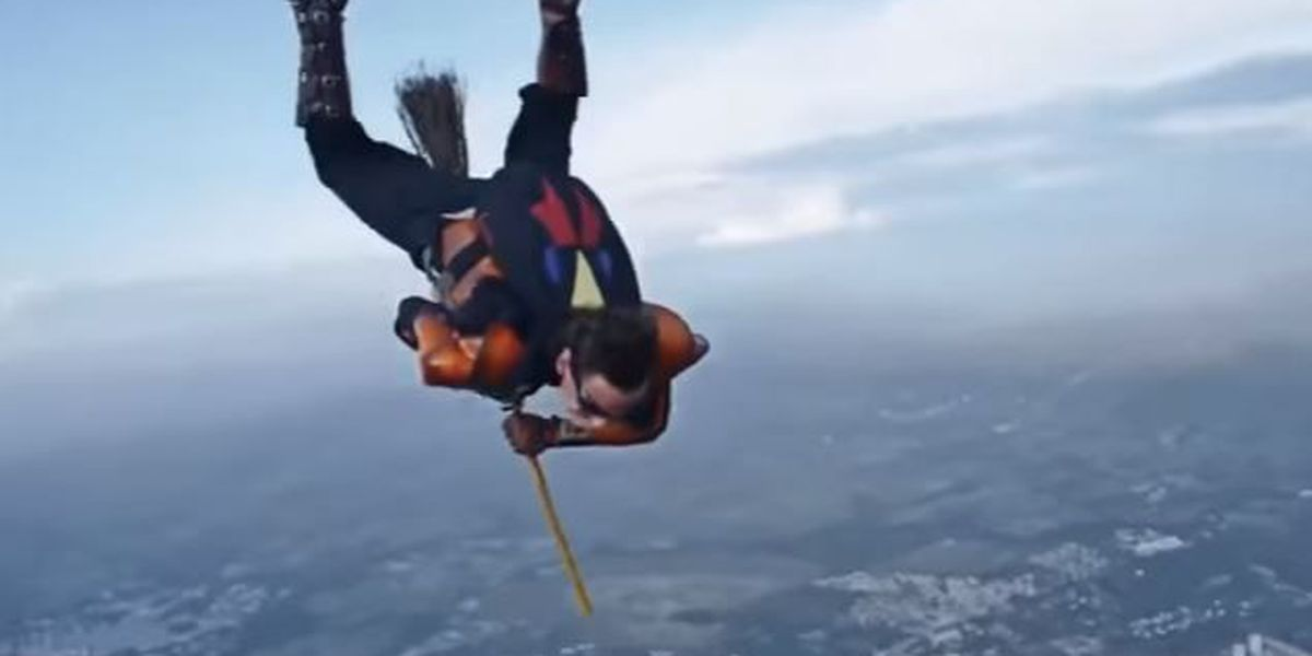 TRENDING: Skydivers on broomsticks play Harry Potter's Quidditch