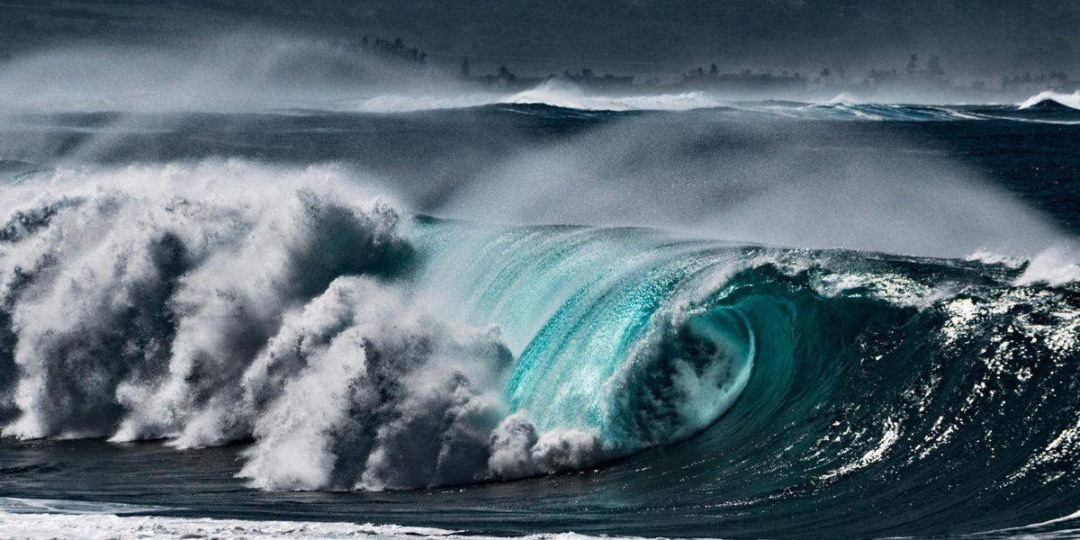 Surf up to 28 feet possible as swell rolls in